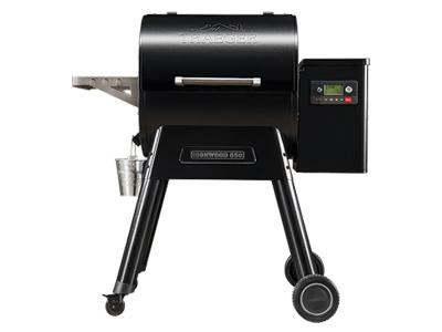 Traeger Ironwood Series 650 Pellet Grill Ironwood 650 - TFB65BLEC