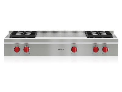 "48"" Wolf Sealed Burner Rangetop - 4 Burners and French Top - SRT484F"