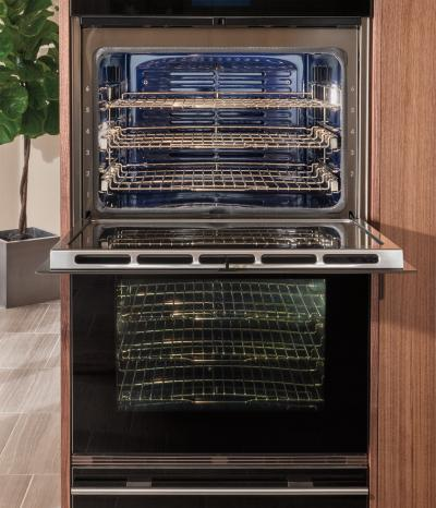 """30"""" Wolf M Series Contemporary Built-In Double Oven - DO30CM/B"""