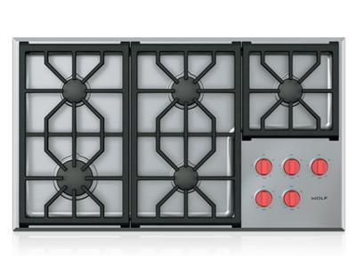 "36"" Wolf Professional Gas Cooktop With 5 Burners - CG365P/S"