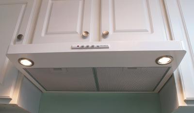 "24"" Faber  Under Cabinet Range Hood -LEVA24WH300-B"