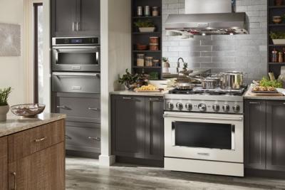 "36"" KitchenAid 5.1 Cu. Ft. Smart Commercial-Style Dual Fuel Range With 6 Burners - KFDC506JMH"