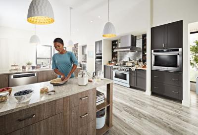 "36"" KitchenAid 5.1 Cu. Ft. Smart Commercial-Style Dual Fuel Range With 6 Burners - KFDC506JMB"