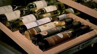 "30""  SUBZERO Integrated Wine Storage - Panel Ready -IW-30-RH"